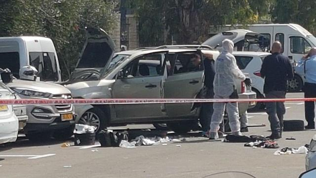 The aftermath of the attack (Photo: Gil Nechushtan)