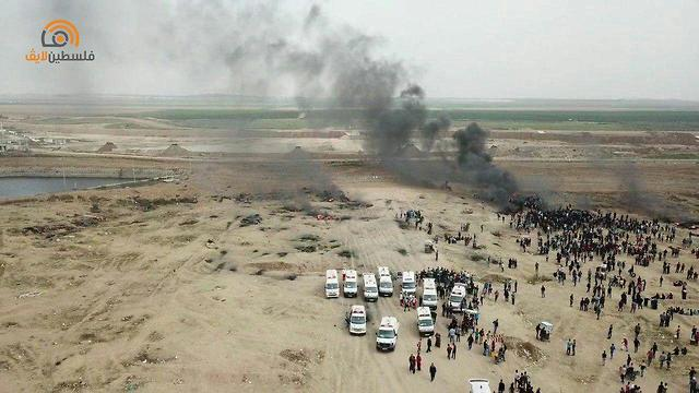Palestinian rioters on the Gaza border