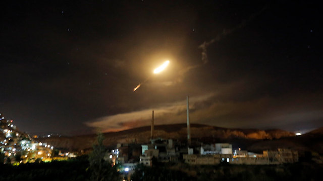 Antiaircraft fire in Syria (Photo: EPA)