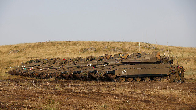 Israeli tanks in the Golan Heights (Photo: Reuters)