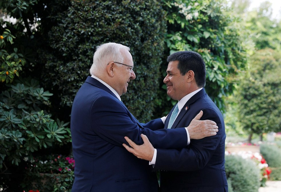 Paraguay's President Cartes meets with Israeli President Rivlin (Photo: Reuters)