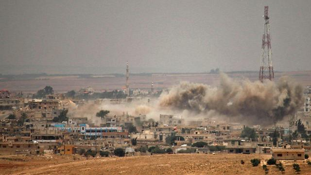 Syrian army bombardments in Deraa (Photo: AFP)
