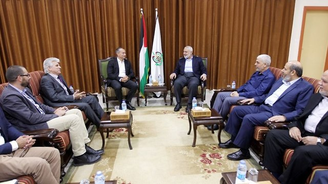Hamas leadership meets with UN envoy Mladenov