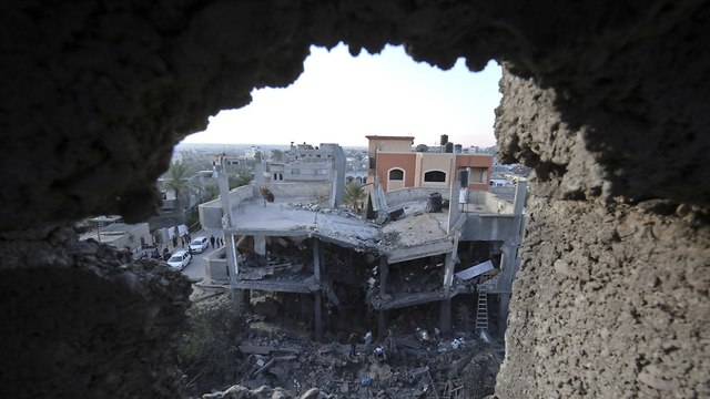 House bombed in Khan Yunis (Photo: AFP)