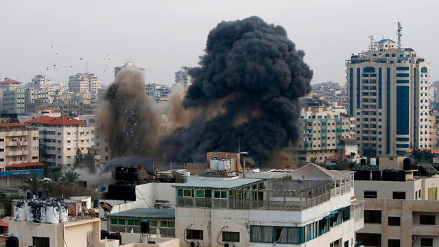 IDF strikes Hamas ministry building in Gaza City (Photo: AFP) (Photo: AFP)