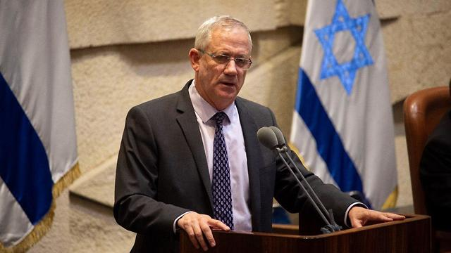 Blue and White head Benny Gantz slams Netanyahu for calling new elelctions (Photo: Yoav Dudkevitch)