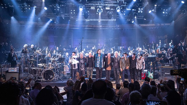 The Israeli Philharmonic Orchestra on stage with Alan Parsons and his band