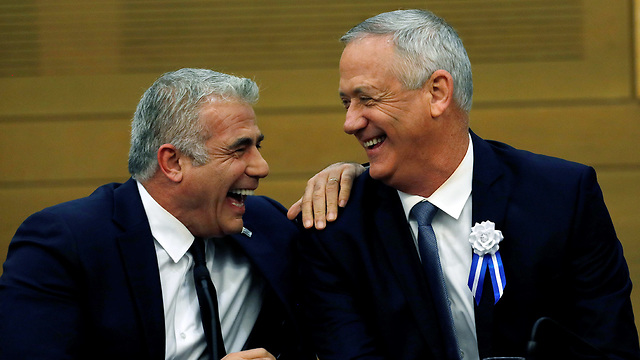 Blue and White leaders Benny Gantz and Yair Lapid (Photo: Reuters)