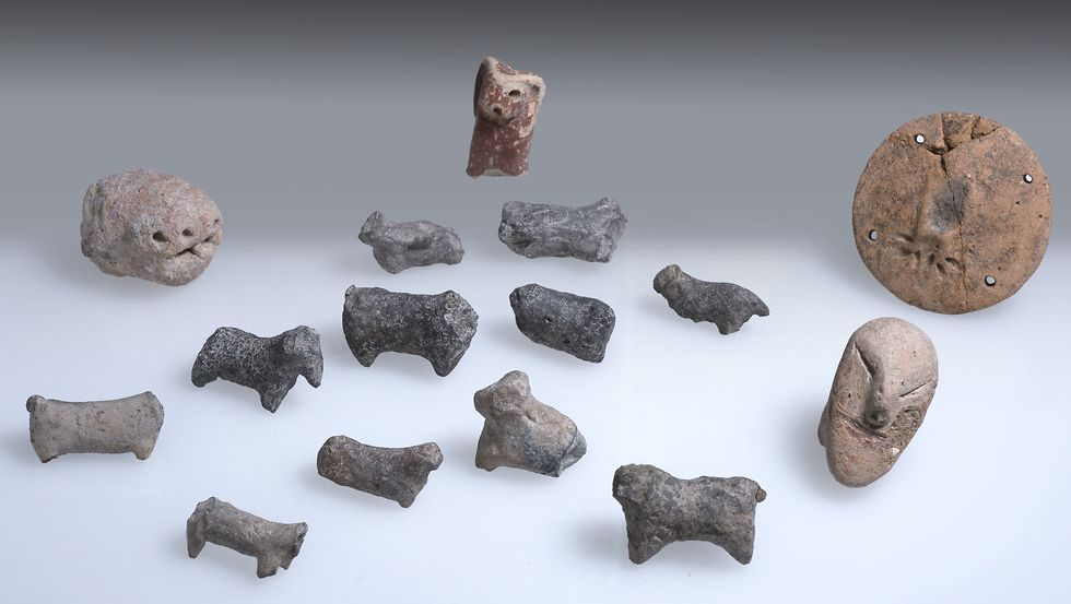 Various statues were found at the site  (Photo: Clara Amit, Israel Antiquities Authority)