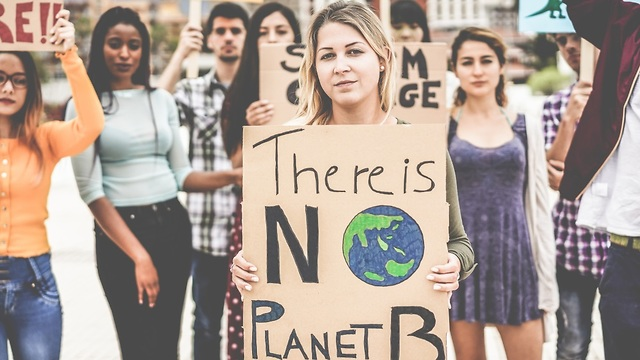 Protestors against climate change (Photo: Shutterstock)