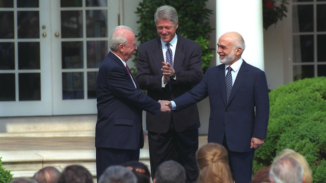 """Prime Minister Rabin, President Clinton and King Hussein (צילום: סער יעקב, לע""""מ)"""