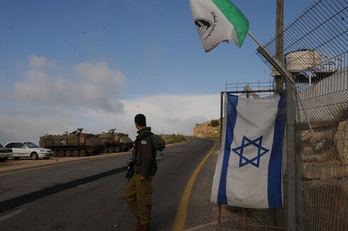 An IDF soldier stationed on the Israel-Syria border