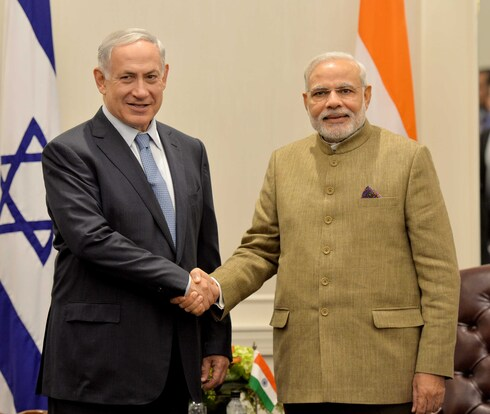 Prime Minister Benjamin Netanyahu and Indian counterpart Narendra Modi