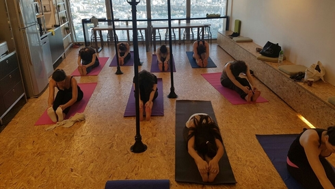 A yoga class for employees of the ClickTale software company in Ramat Gan