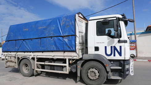A UN truck carries humanitarian aid for Gaza residents in 2018