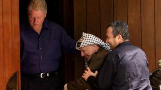 President Bill Clinton, Palestinian leader Yasser Arafat and Prime Minister Ehud Barak at Camp David, July 2000