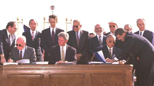 The signing of the 1994 peace agreement between Israel and Jordan