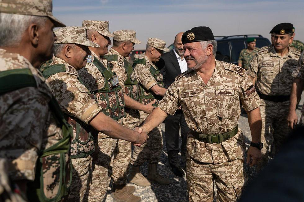 King Abdullah II oversees the drill