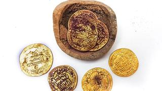 Gold coins discovered in Yavneh dig