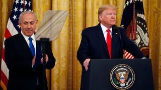 """Prime Minister Benjamin Netanyahu and U.S. President Donald Trump during the announcement of """"deal of the century"""" peace plan"""