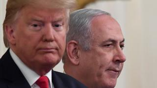 Prime Minister Netanyahu and U.S. President Trump during the unveiling of the American peace plan