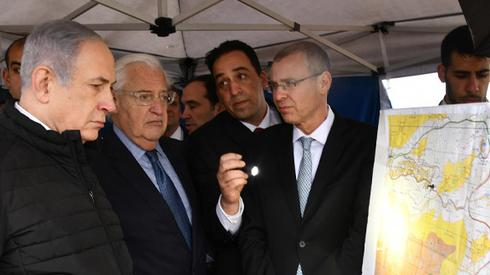 Prime Minister Benjamin Netanyahu (L) and U.S. Ambassador David Friedman at the overlook near Ariel