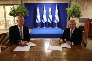 Blue & White leader Benny Gantz and Prime Minister Benjamin Netanyahu sign unity deal