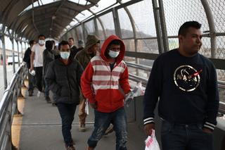 Central American illegal immigrants deported from U.S. to Mexico