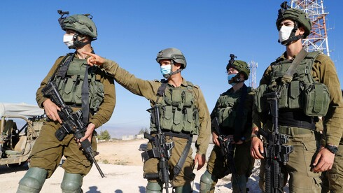 IDF soldiers monotoring the border with Lebanon