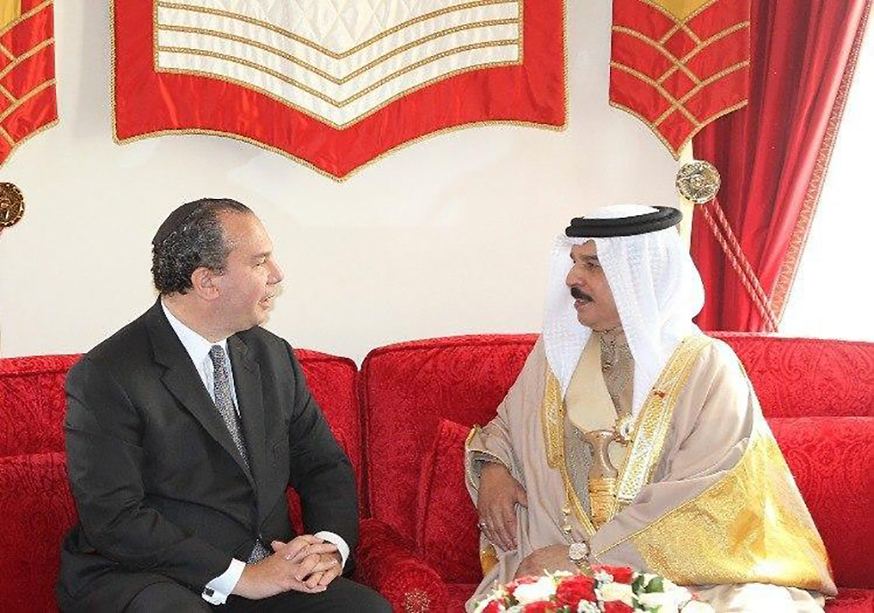 Rabbi Marc Schneier and the King of Bahrain Hamad bin Isa Al Khalifa