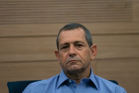 Ministers extend Shin Bet chief's tenure by 4 months
