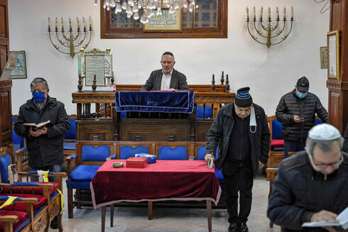 Moroccan Jews in a synagogue in the western city of Casablanca
