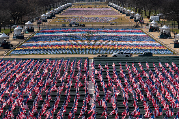 DC Mall covered with flags ahead of the inauguration of Joe Biden on Wednesday