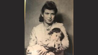 Dora Rapaport had just one photo of herself with her lost daughter Eva