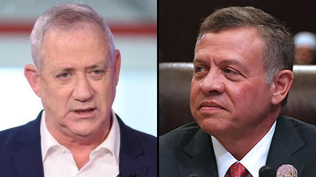 Defense Minister Benny Gantz, left, and Jordan's King Abdullah II