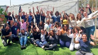 Employees of Elementor's customer service assistance center in Sderot in the Western Negev