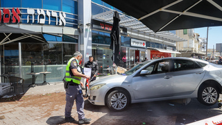 Car that slammed into cafe in Bat Yam