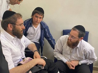 Rabbi Avigdor Hayut and Rabbi David Levi meet for the first time after the tragic events at Mount Meron which took the lives of their sons Yedidiyah and Moshe