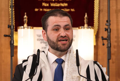 Rabbi Zsolt Balla speaks following his inauguration as the first federal rabbi of the Bundeswehr, Germany's armed forces, at the main synagogue on June 21, 2021 in Leipzig