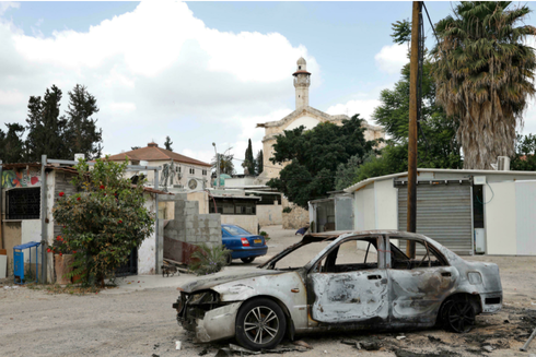 Cars were burned during the intra-communal violence between Arab and Jewish Israelis in the city of Lod near Tel Aviv