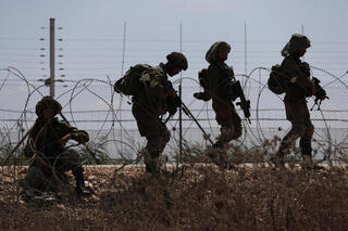 IDF soldiers join the search on Tuesday for six men who broke out of the Gilboa maximum security prison