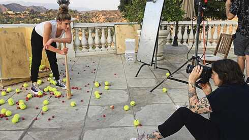 Adi Spiegelman being photographed by Julie Pacino