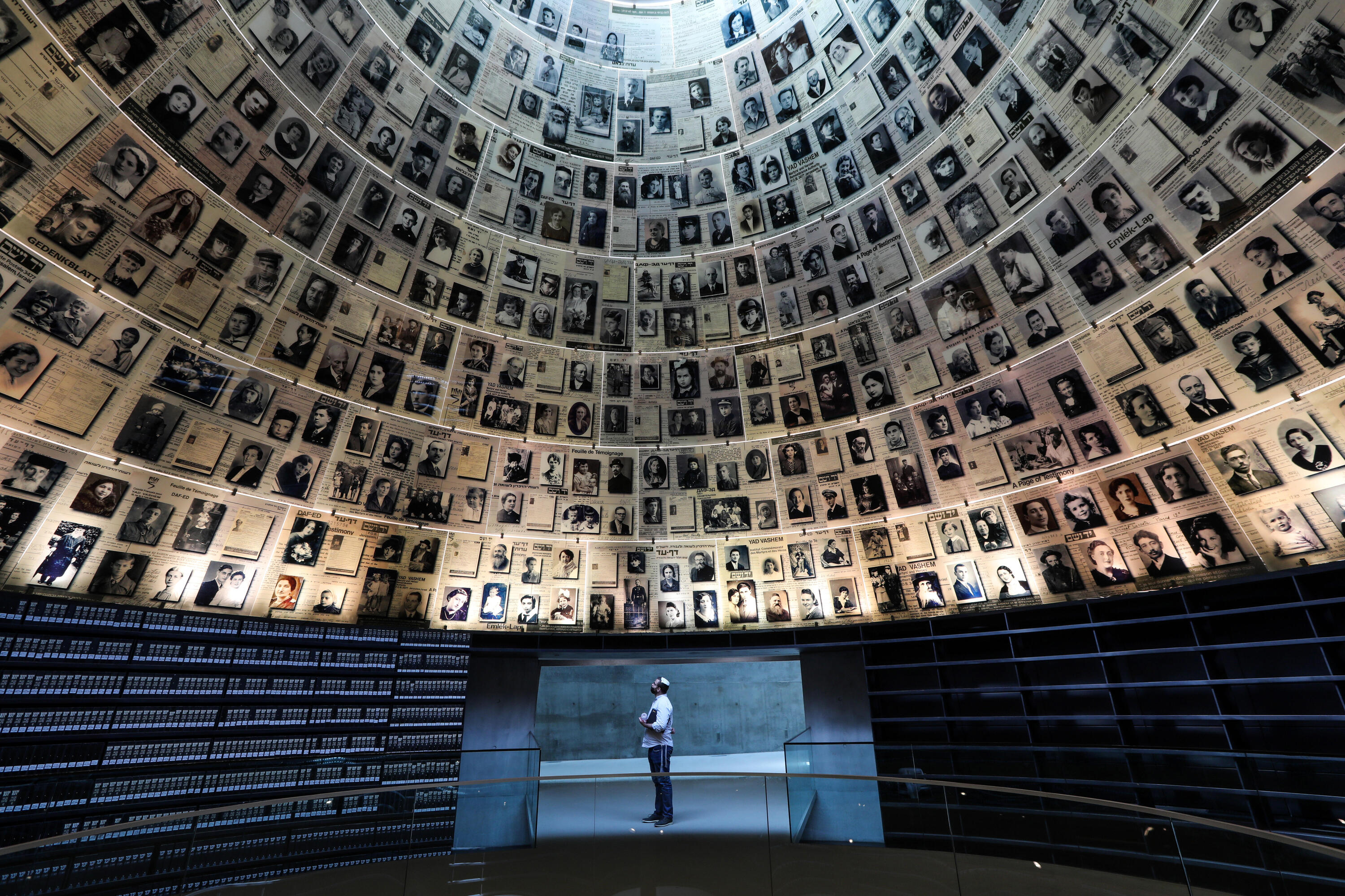 Young Israelis reflect on the Holocaust on Remembrance Day